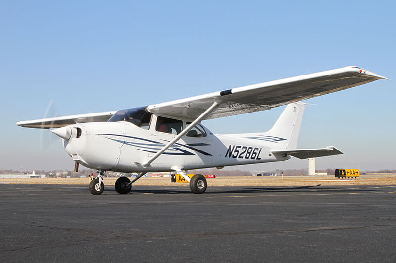 Aircraft rental: 2002 Cessna 172SP